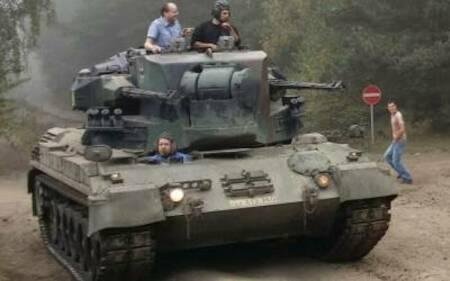 panzer fahren in f rstenau niedersachsen flakpanzer. Black Bedroom Furniture Sets. Home Design Ideas