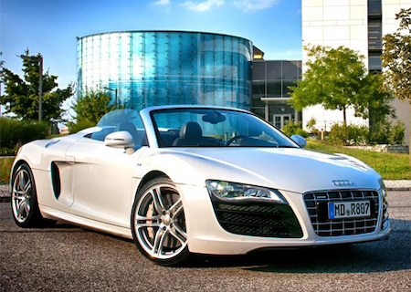 audi r8 v10 spyder mieten 1 tag 200 km magdeburg. Black Bedroom Furniture Sets. Home Design Ideas