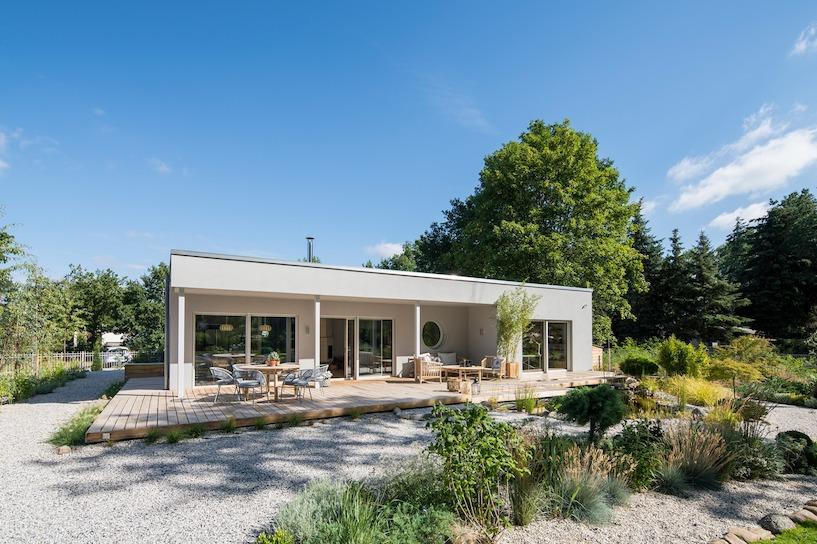 bungalow bauen infos zu kosten pro qm fuer fertighaeuser